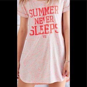 Victoria's Secret Summer Never Sleeps PJ top S tee